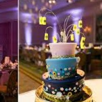Tangled Wedding Cake Decor